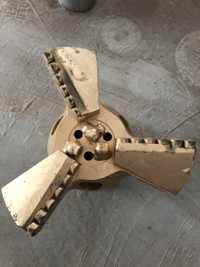 Cuchillas personalizadas de aceite de pozo PDC broca de perforación de pozos de agua de alta dureza diámetro personalizado y taladro de pistola de cuerpo de matriz de pulgadas poco