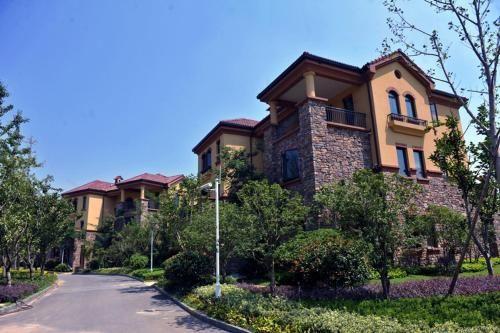 Grand Metro Park Resort Anhui in Xianshiliaochang - Anhui - CN