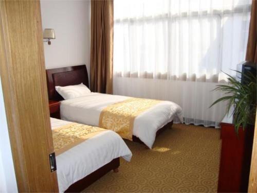 Jiuhuashan Fenghuangyuan Hotel in Jiuhua - Anhui - CN