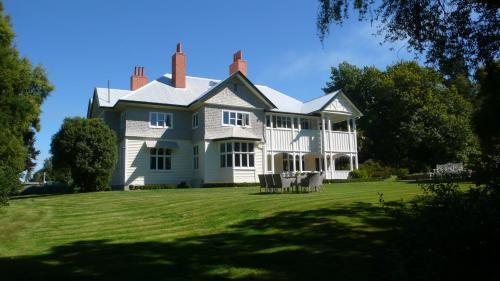 Gunyah Country Estate in Windwhistle - Canterbury - NZ