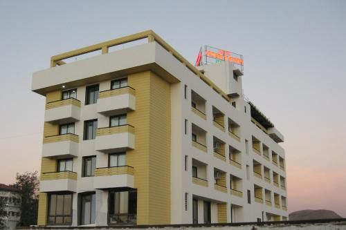 Hotel Grand Ashwin Executive in Wadhiware - Maharashtra - IN