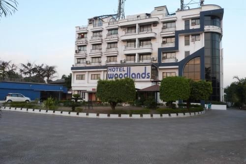 Hotel Woodlands in Vapi - Gujarat - IN