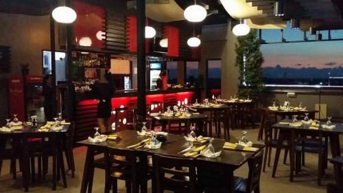 La Jenns Hotel And Resto Grill in Vigan - Luzon - PH