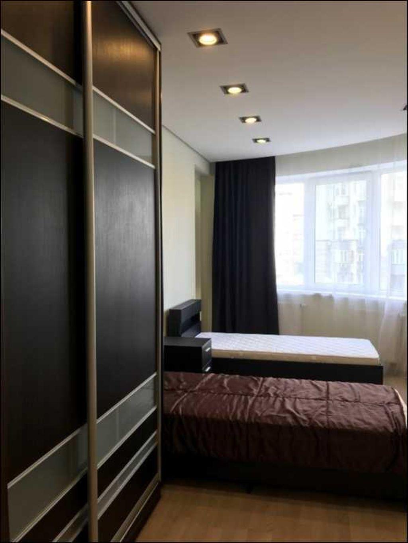 продам 3-комнатную квартиру Киев, ул.Механизаторов ул. 2 - Фото 6