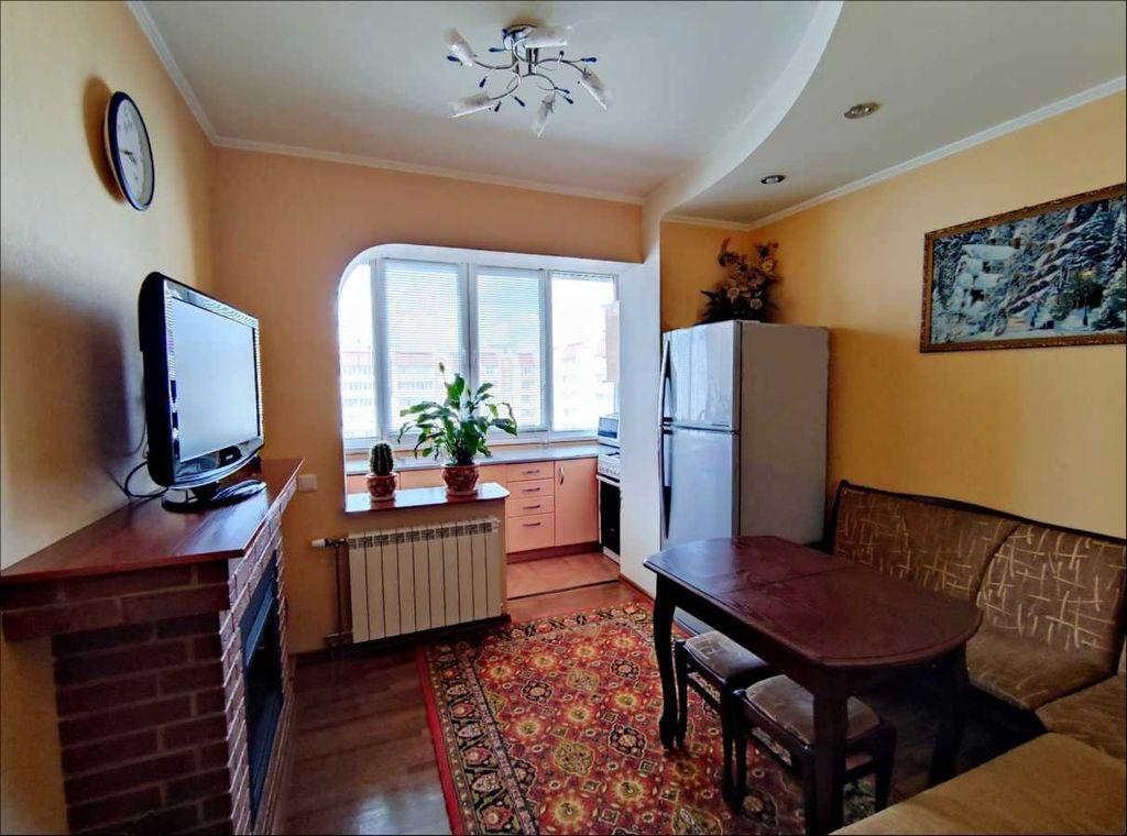 продам 3-комнатную квартиру Вишневое, ул.Святоюрьевская - Фото 2