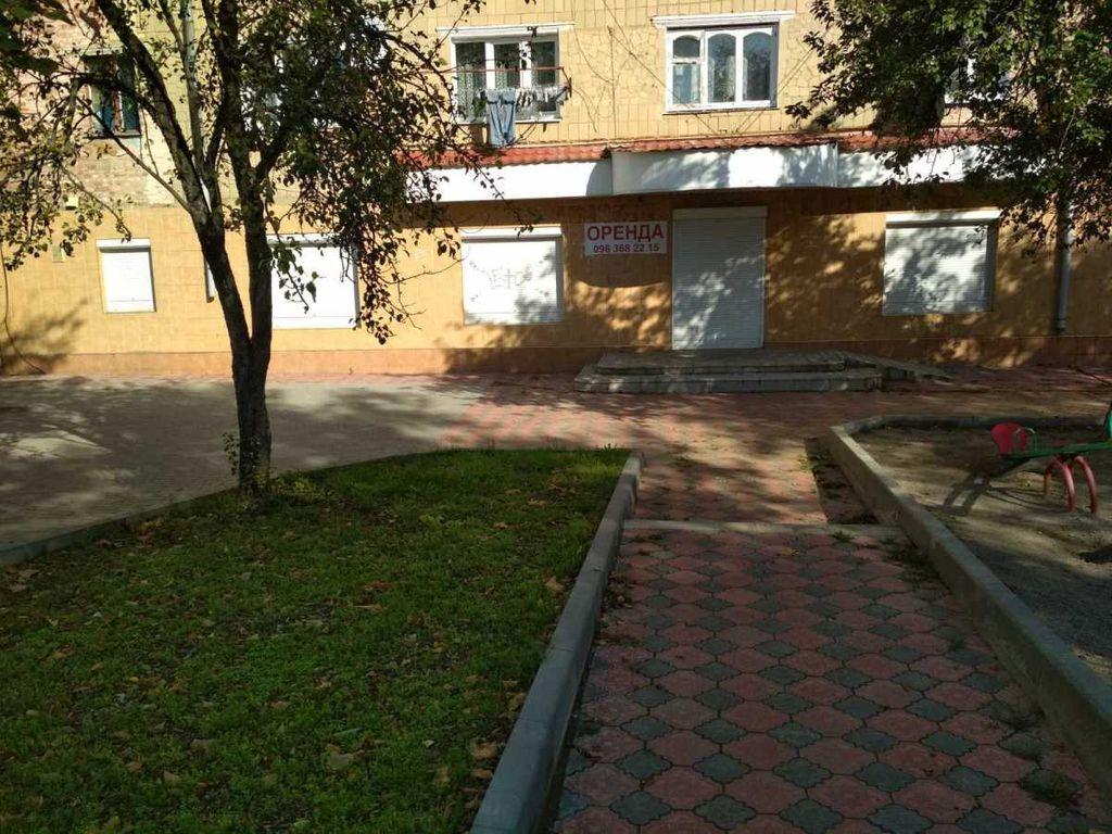 сдам торговую площадь Могилев-Подольский, ул.Чорновола 3 - Фото 2