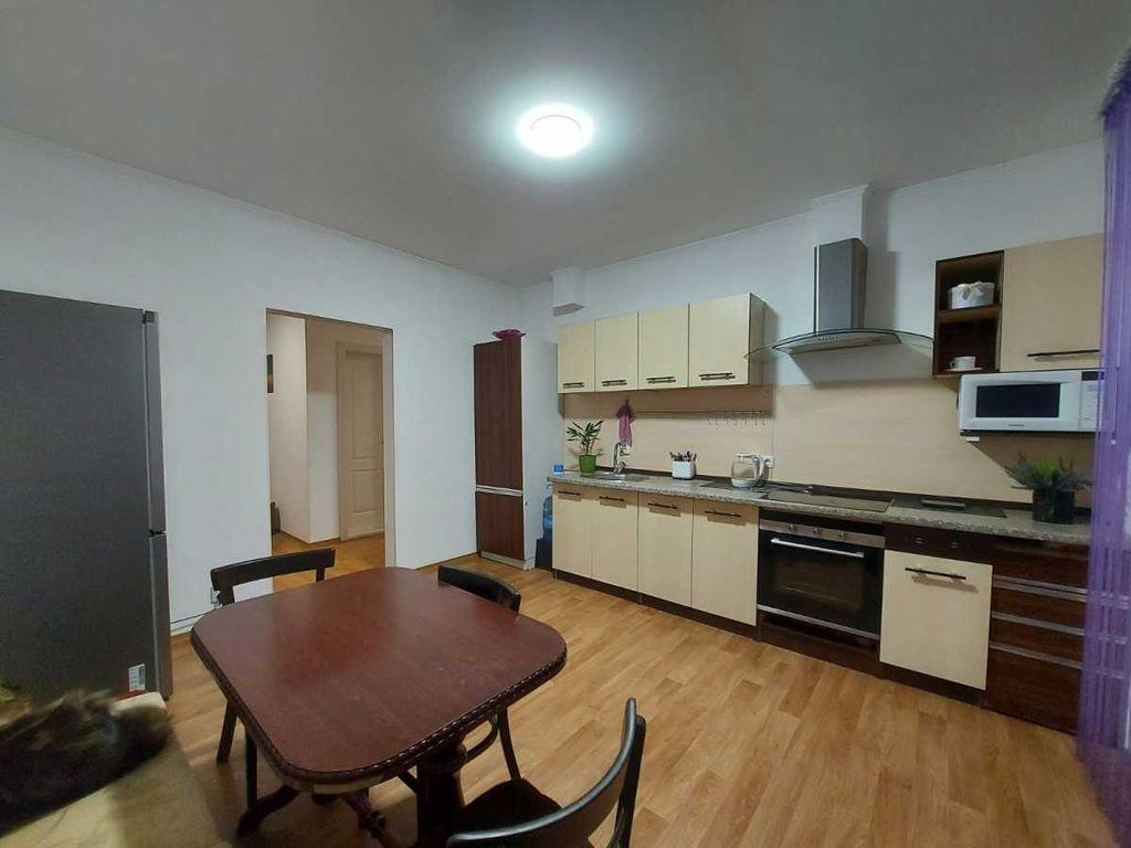 продам 3-комнатную квартиру Киев, ул.Градинская ул. 9 - Фото 1
