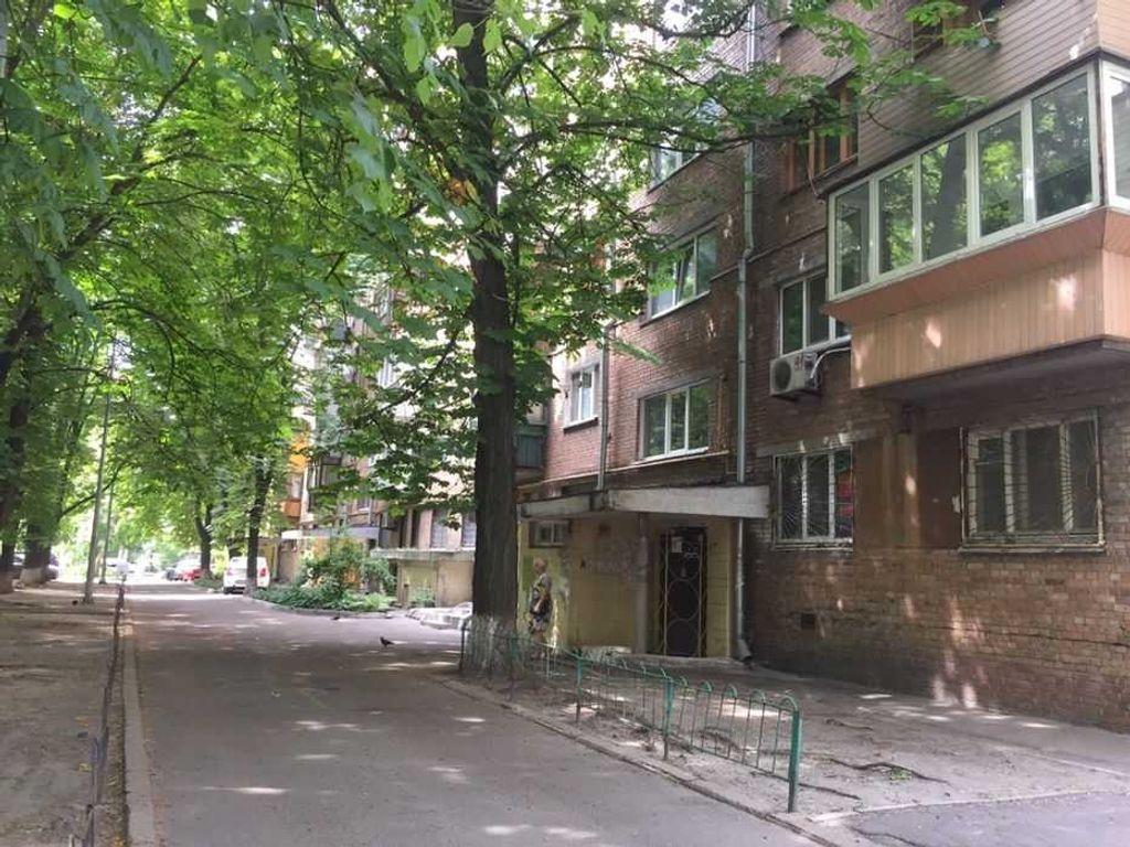 продам 2-комнатную квартиру Киев, ул.Леси Украинки бульв. 24б - Фото 3