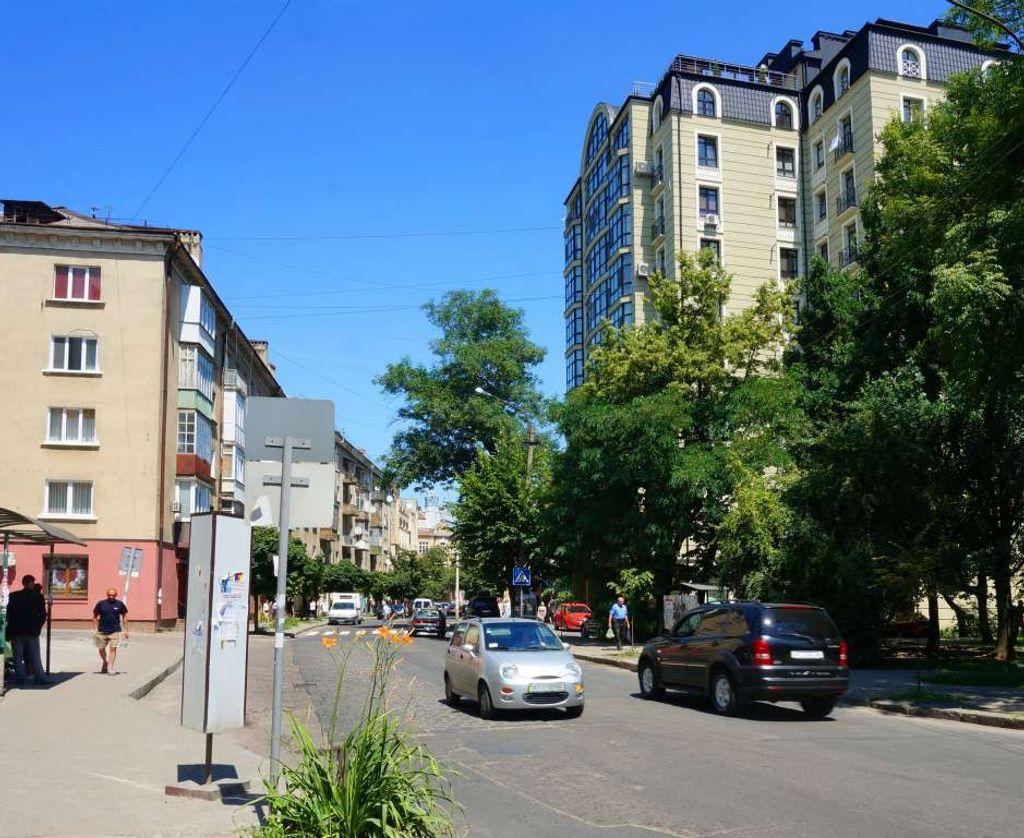 продам здание Ивано-Франковск, ул.Гетьмана Мазепи 35 - Фото 6