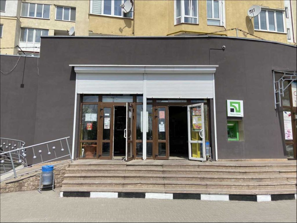 продам здание Калуш, ул.Бульвар Незалежності 2 - Фото 3