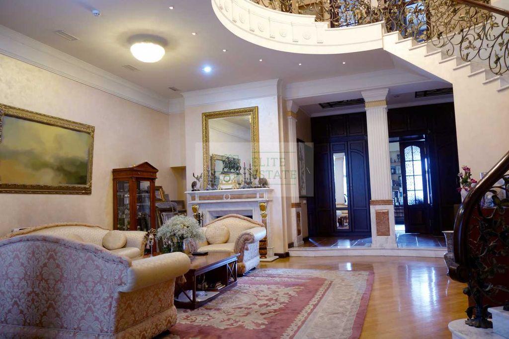продам многокомнатную квартиру Киев, ул.Шота Руставели ул. 38 - Фото 1
