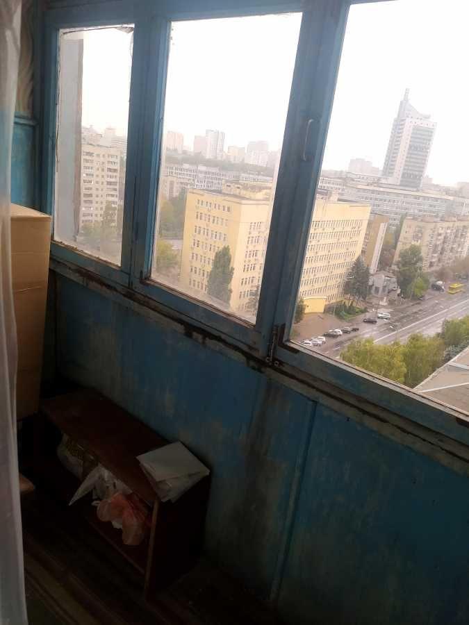 Сдам долгосрочно 1-к квартиру Киев, Соломенский 15