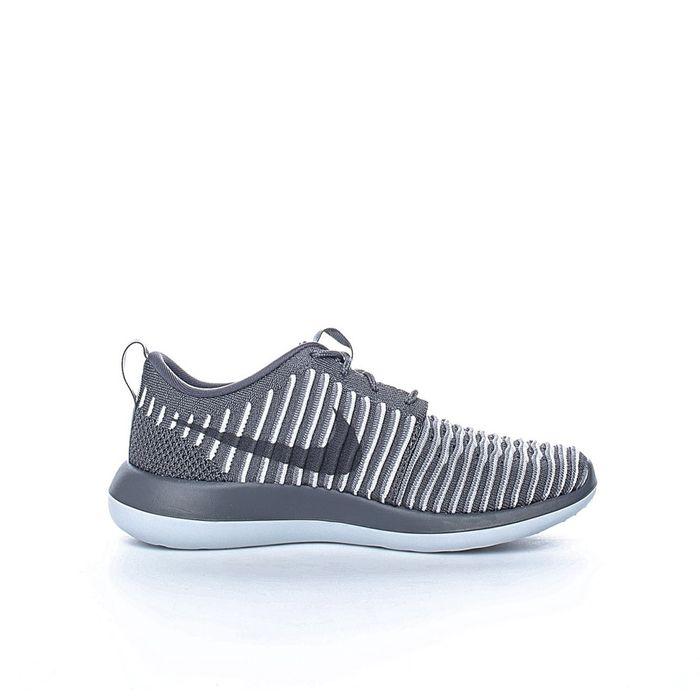 NIKE - Γυναικεία παπούτσια Nike ROSHE TWO FLYKNIT γκρι - λευκά