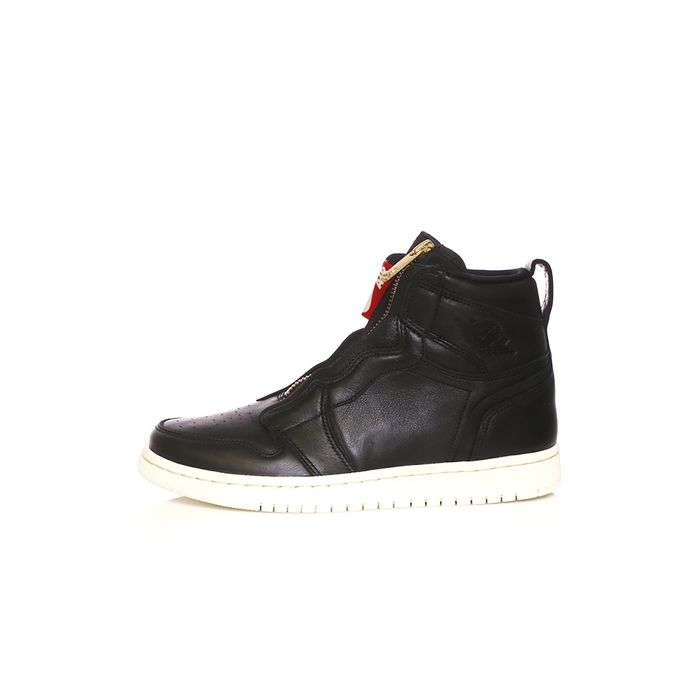 NIKE - Γυναικεία παπούτσια AIR JORDAN 1 HIGH ZIP μαύρα