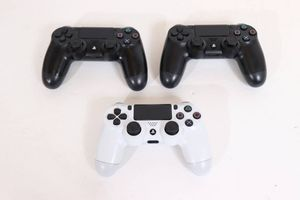 24DT☆SONY PS4 コントローラー まとめて 3個セット ジャンク