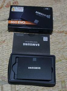 SAMSUNG 860 EVO MZ-76E1T0B/IT