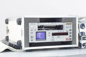 [PG]USED SONY DVCAM DSR-45 DIGITAL VIDEOCASSETTE RECORDER 取扱説明書 ケース付 デジ