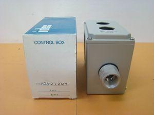 T38●■idec コントロールボックス■AGA212DY■Φ30AGA形コントロールボックス 2点用 穴