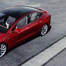 Tesla Model 3 slavi! Postao je najprodavaniji automobil u Evropi