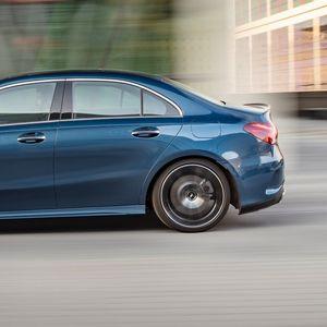 Mercedes со деветта рекордна година, број 1 во премиум сегментот