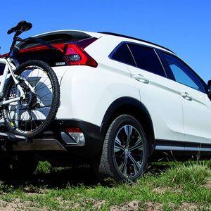 Хибриден Mitsubishi има посебна функција за е-велосипедисти