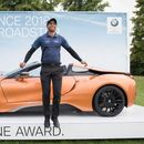 Овој човек во еден замав заработе BMW i8 Roadster
