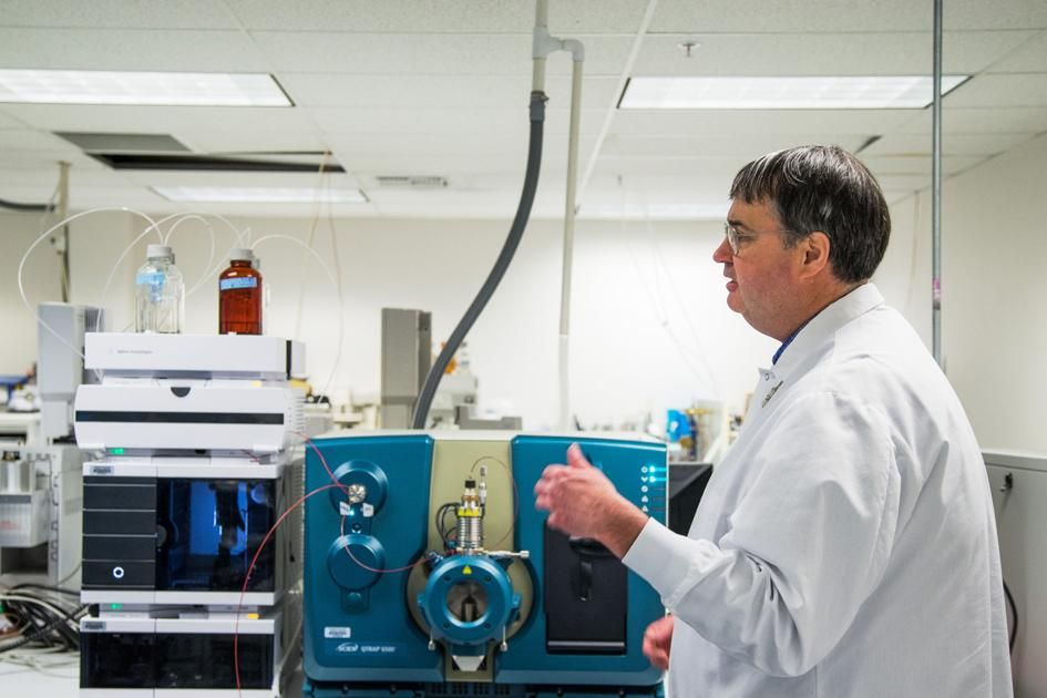 Testing for illegal pesticides on legal marijuana crop to ramp up at Yakima lab