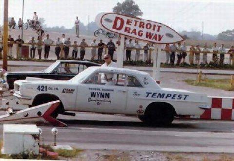 [Image: 1963_Pontiac_LeMans_Tempest_Super_Duty_D...gway_1.jpg]