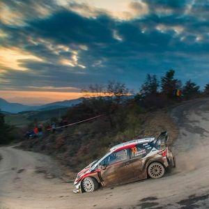 WRC Монте Карло: Еванс го превзема водството од Ожие