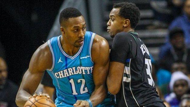 32歲Howard重回巔峰,50次20+20現役球員中最多,742場籃板上雙超越了O'Neal生涯籃板上雙場數