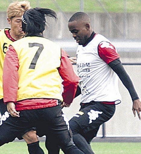 J1札幌、アンゴラ出身のオランダ人MFエルビオが練習参加…8月までオランダ2部プレー(関連まとめ)の代表サムネイル