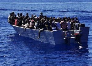 dacci oggi i nostri sbarchi quotidiani - nella notte sono arrivati altri 272 migranti a lampedusa