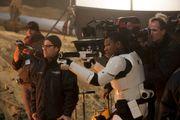 《侏羅紀世界》導演被炒!《星球大戰9》將由J. J. Abrams再次執導!!