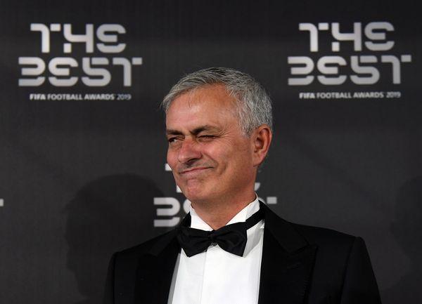 Mourinho lascia Londra e vola in Portogallo: nel motivo c'entra la Roma