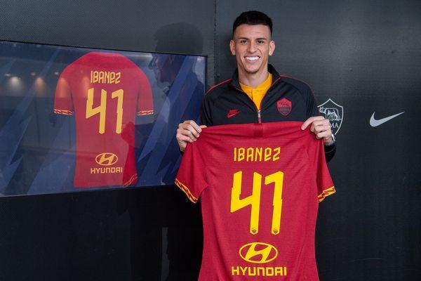 """Roma, Ibanez rinnova fino al 2025. Tiago Pinto: """"Puntiamo su di lui, è il futuro"""""""
