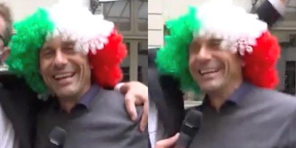 Conte show alle Iene: che cori con la parrucca tricolore!
