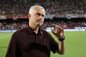 Il bel gesto di Mourinho: telefona a Castori per sapere della moglie