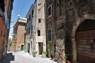 Leila in Tivoli - Lazio/Rome - IT