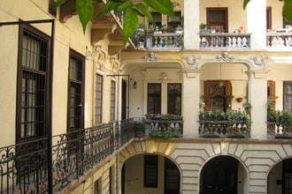 aanbod naar Andrassy's Corner in Boedapest - HU
