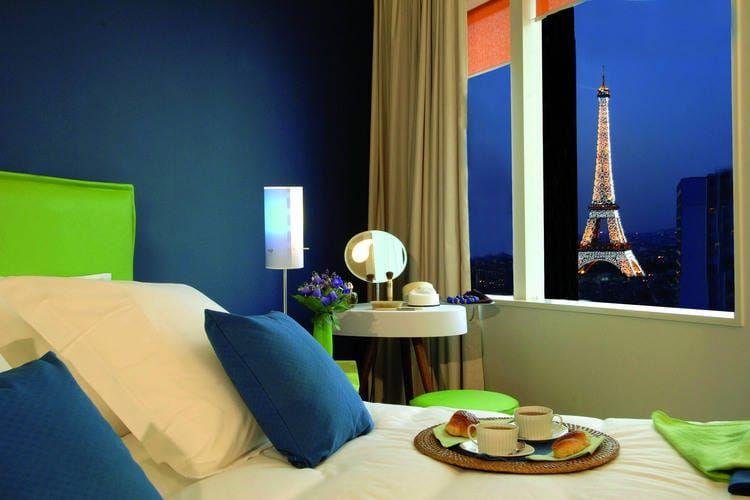 Lastminute voor 2P4 - Tour Eiffel in Parijs FR, Frankrijk bij Boeklastminute.com