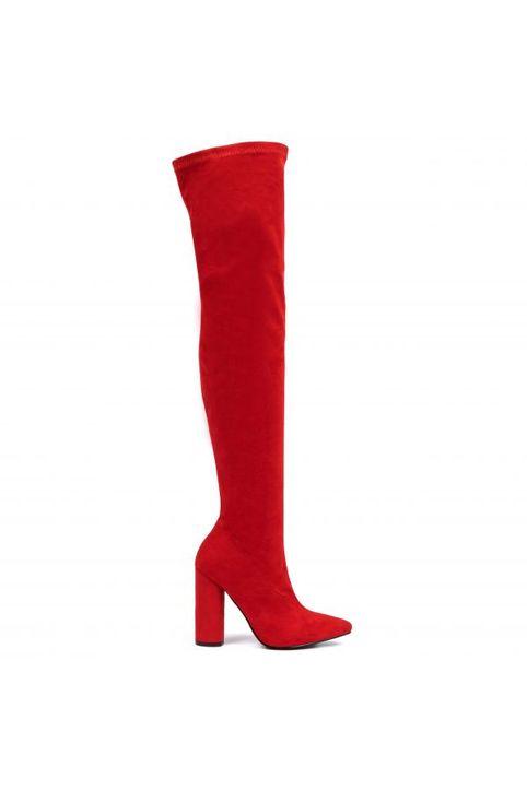 Κόκκινη σουέντ μπότα πάνω από το γόνατο