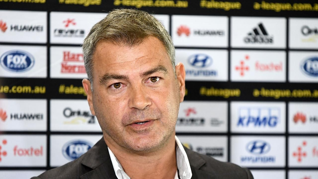 Wellington Phoenix Mark Rudan takes aim at VAR after loss to Melbourne Cityの代表サムネイル
