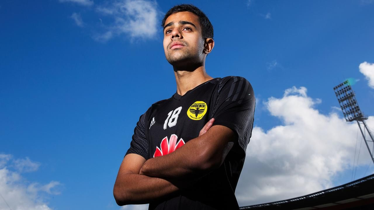 Mark Bosnich says Sarpreet Singh is the best player in the A-League right nowの代表サムネイル
