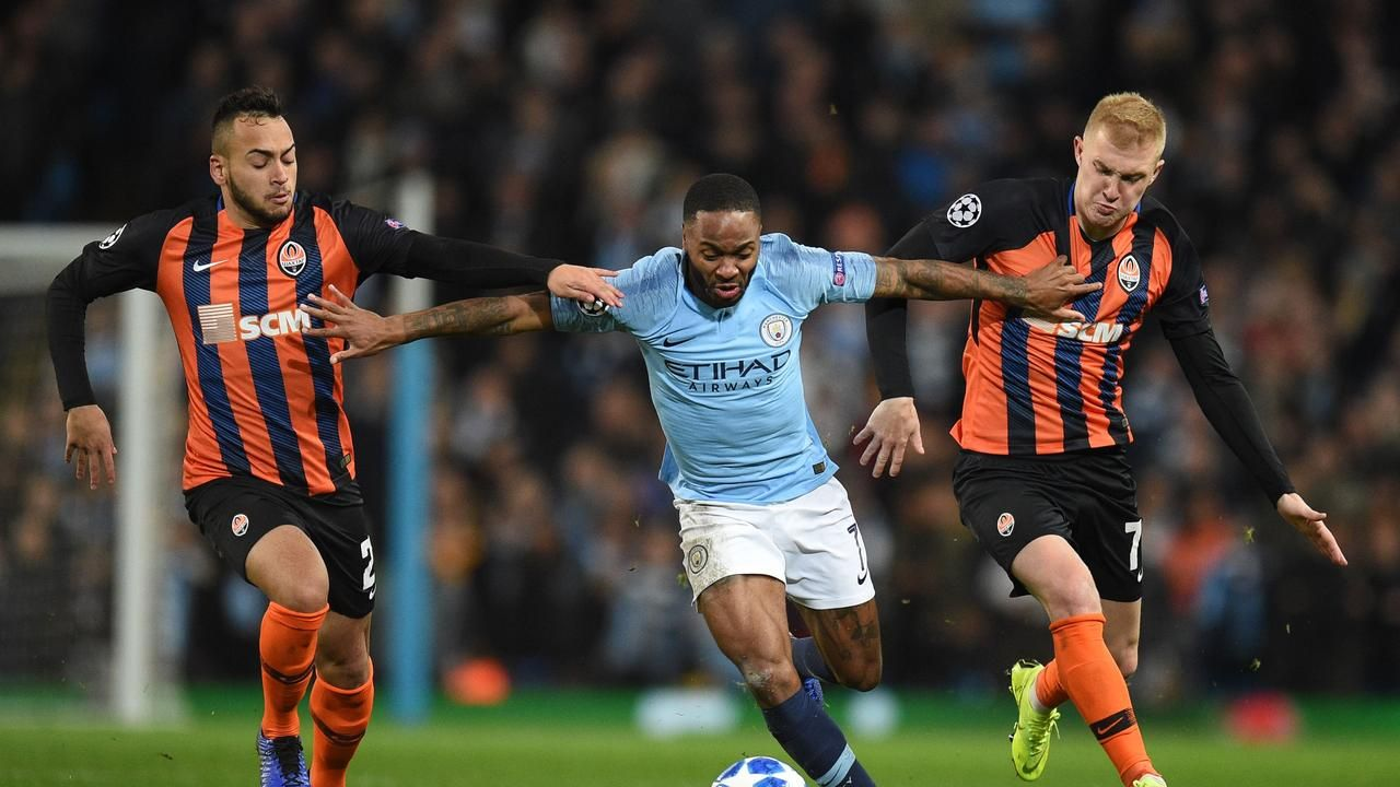 Raheem Stering signs massive new contract at Manchester Cityの代表サムネイル