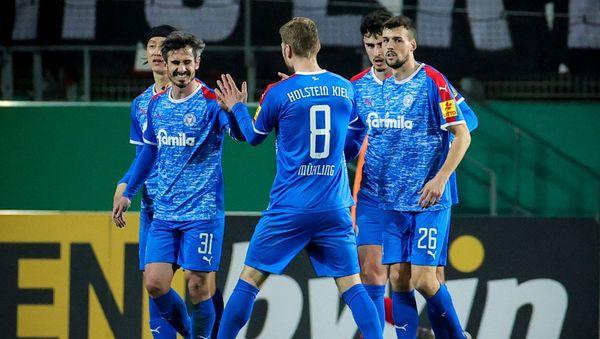 DFB-Pokal: Holstein Kiel gewinnt bei Rot-Weiss Essen und steht im Halbfinale