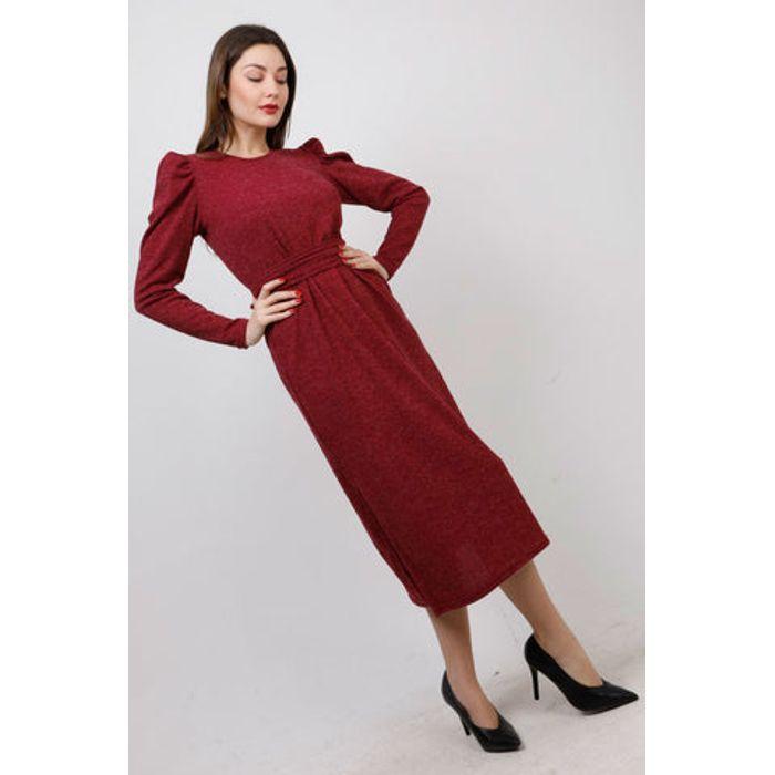 Φόρεμα πλεκτό midi με ζώνη