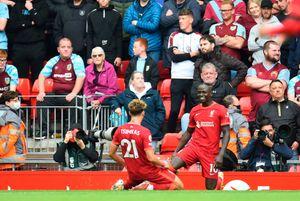 Premier, Liverpool ok con il Burnley: decidono Jota e Manè