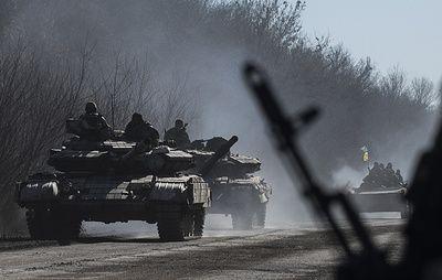 В ЛНР заявили, что киевские силовики перебросили к линии соприкосновения танки и гаубицы