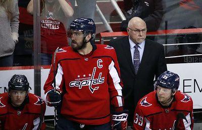 """Тренер """"Вашингтона"""": Овечкин всем доказал, что является великим хоккеистом"""