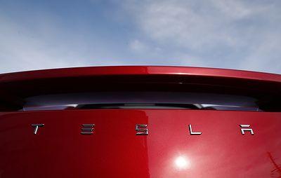 CNBC: в США на заводе Tesla опасаются, что экс-сотрудник может устроить стрельбу